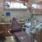 כסא סגול בחדר הטיפולים במרפאת השיניים הקהילתית בבאר שבע